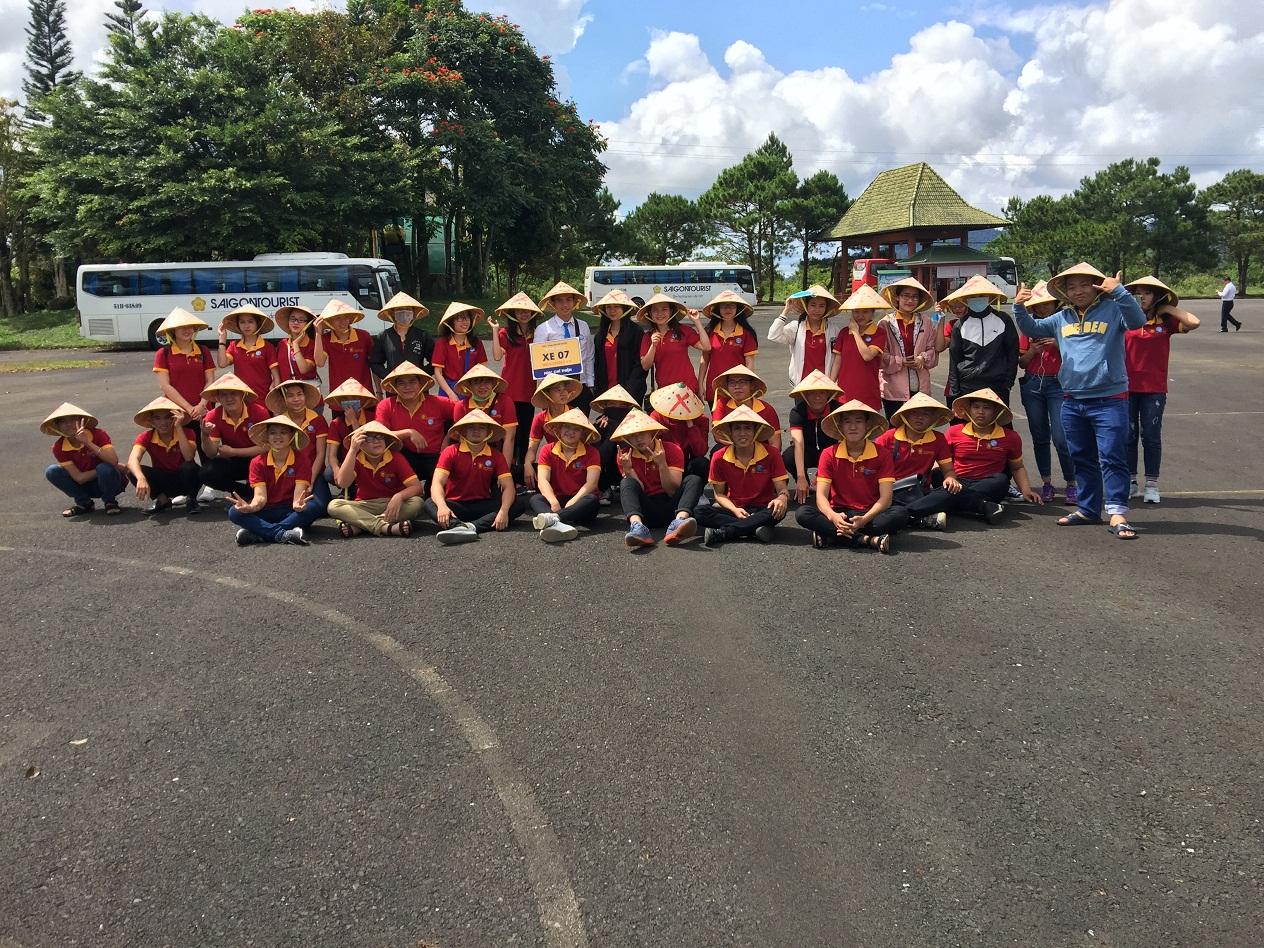 Sinh viên trường TC KS & DL SAIGON TOURIST